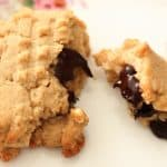 The Most Delicious Vegan Peanut Butter Cookies